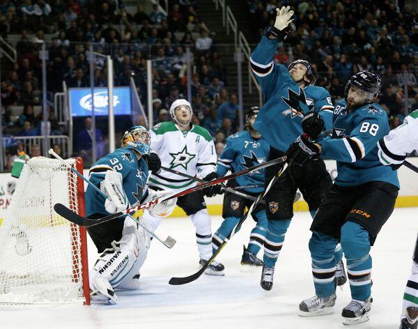 Игровой момент матча НХЛ Сан-Хосе - Даллас