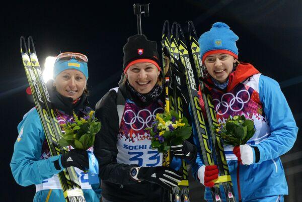 Ольга Вилухина, Анастасия Кузьмина и Вита Семеренко (слева направо)