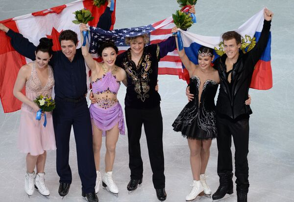 Тесса Вирчу и Скотт Мойр, Мерил Дэвис и Чарли Уайт, Елена Ильиных и Никита Кацалапов (слева направо)