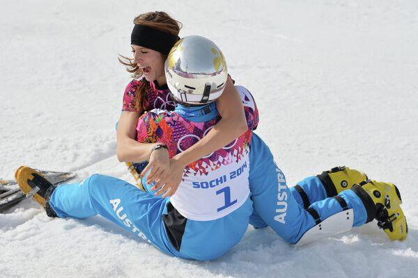 Слева направо: Юлия Дуймовиц (Австрия) и Бенджамин Карл (Австрия)