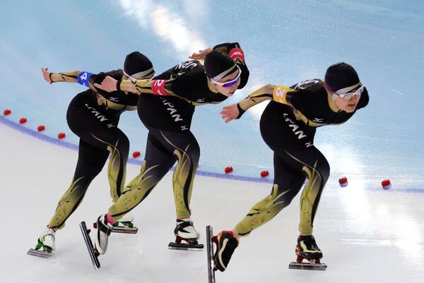 Конькобежки сборной Японии