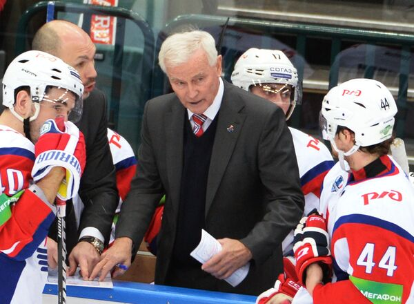 Дэйв Кинг и хоккеисты Локомотива
