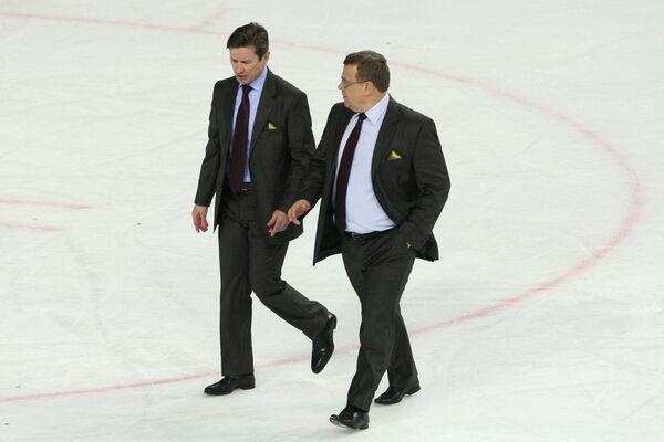 Вячеслав Быков и Игорь Захаркин (слева направо)