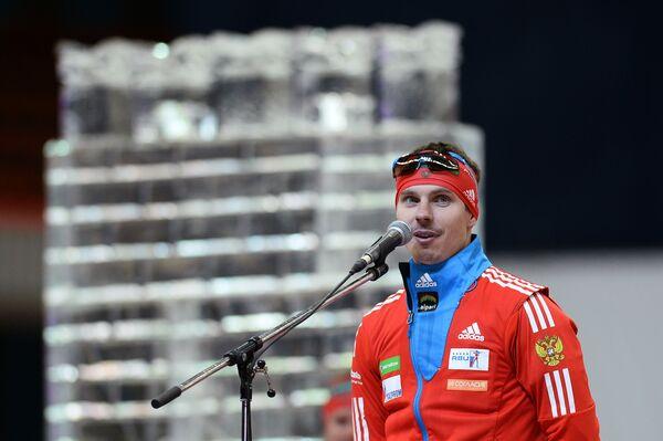Российский спортсмен Евгений Устюгов во время церемонии чествования олимпийцев сборной России на Гонке чемпионов 2014