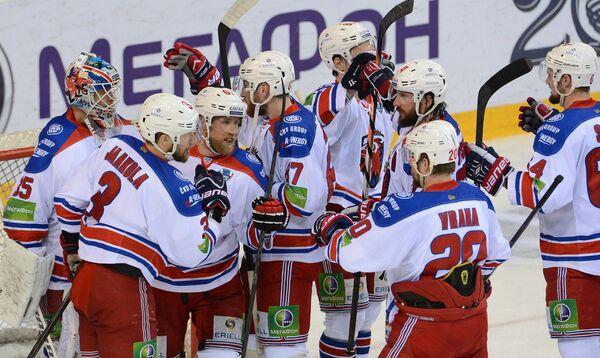 Хоккей. КХЛ. Матч Металлург - Лев