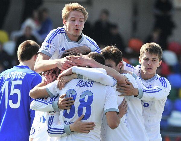 Футболисты молодежного состава Динамо