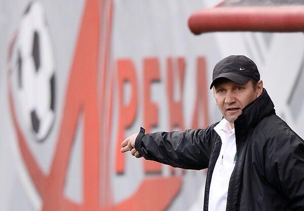 Главный тренер ФК Томь Василий Баскаков