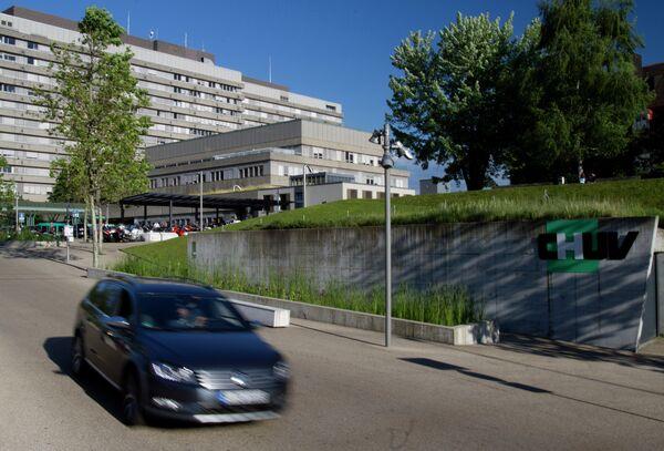 Вид на Университетскую больницу Лозанны CHUV (Centre hospitalier universitaire vaudois), в которую из госпиталя в Гренобле был переведен немецкий автогонщик, семикратный чемпион Формулы-1 Михаэль Шумахер