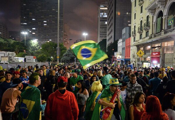 Болельщики в центре Сан-Паулу