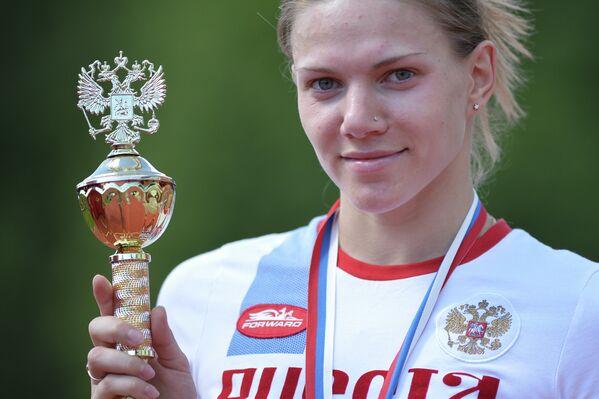 Анна Буряк, занявшая первое место на Чемпионате России по современному пятиборью