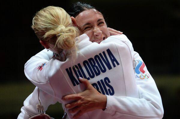 Виолетта Колобова (слева) и Любовь Шутова