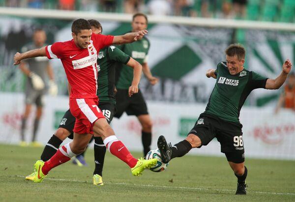 Игровой момент матча Краснодар - Диошдьер