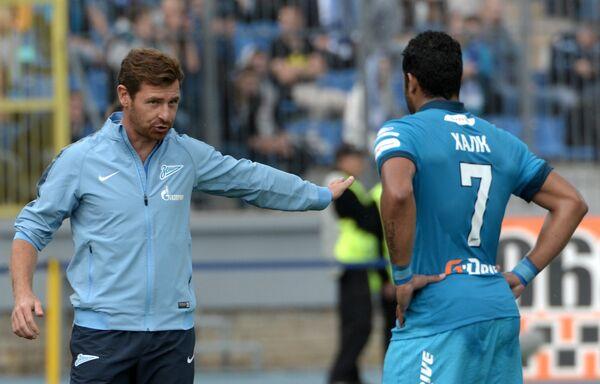 Главный тренер Зенита Андре Виллаш-Боаш (слева) и нападающий Зенита Халк