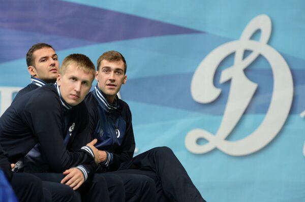 Игроки ВК Динамо (Москва) Александр Маркин, Дмитрий Щербинин и Денис Бирюков (слева направо)