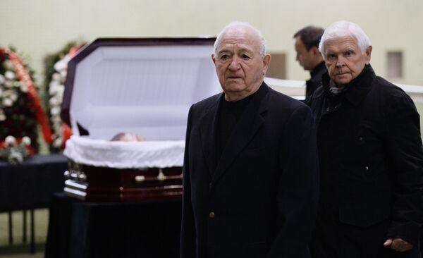 Церемония прощания с футболистом Федором Черенковым