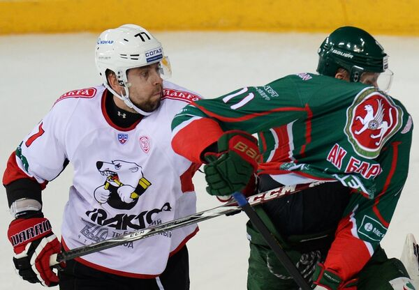 Олег Пиганович (слева) и Евгений Бодров. Архивное фото