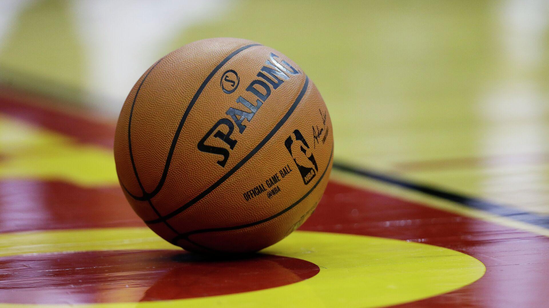 Баскетбольный мяч НБА - РИА Новости, 1920, 23.04.2021