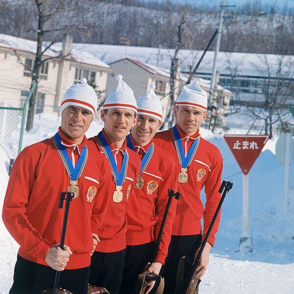 Советские биатлонисты (слева направо): Ринат Сафин, Александр Тихонов, Иван Бяков и Виктор Маматов