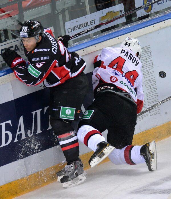 Эрик Густафссон (слева) и Константин Панов