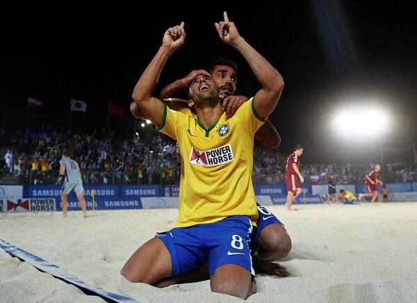 Игроки сборной Бразилии по пляжном футболу