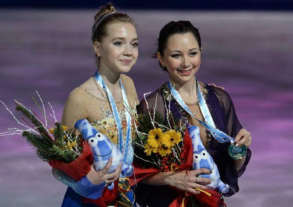 Елена Родионова и Елизавета Туктамышева (справа)
