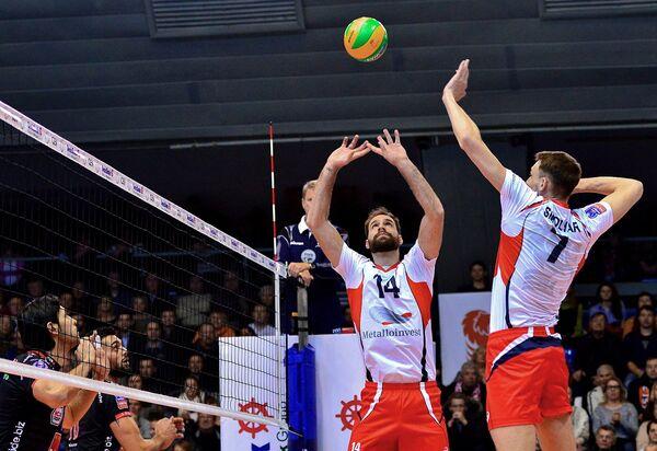 Артем Смоляр и Драган Травица (справа налево)
