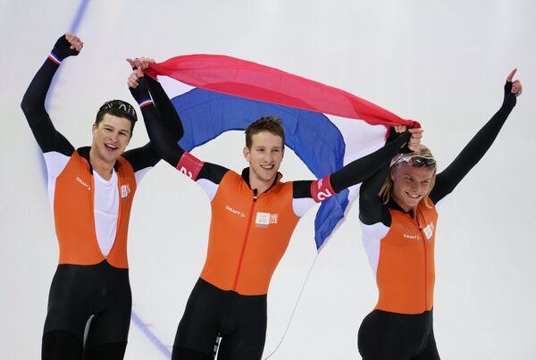 Свен Крамер, Ян Блокхайзен, Кун Вервей (слева направо)