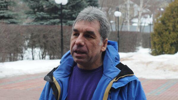Геннадий Габрилян, тренер чемпионки мира 2014 года по прыжкам в высоту в помещении Марии Кучиной
