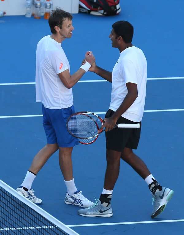 Индиец Рохан Бопанна и канадец Даниэль Нестор (справа налево)