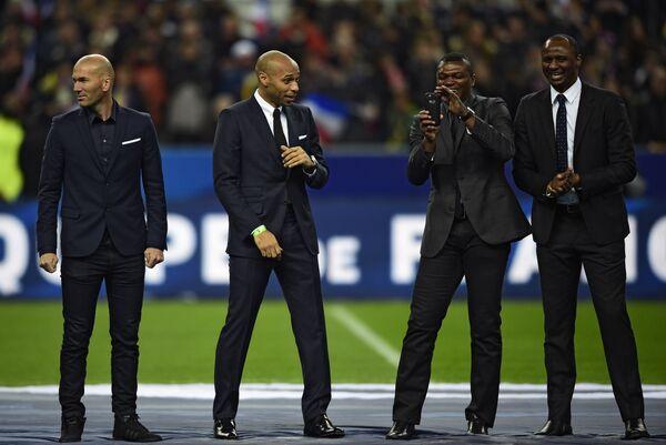 Награждение ветеранов французского футбола