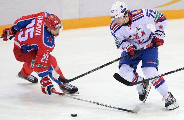 Владимир Жарков (слева) и Артемий Панарин