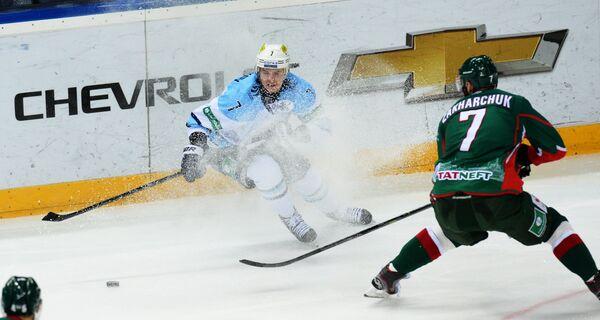 Сергей Шумаков (слева) и Степан Захарчук
