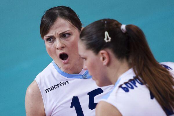 Антонелла Дель Коре (слева)