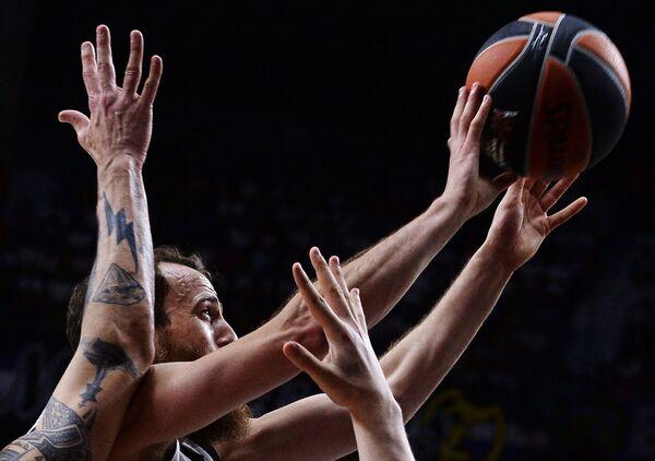 Игрок Реала Серхио Родригес в финальном матче Финала четырех баскетбольной Евролиги
