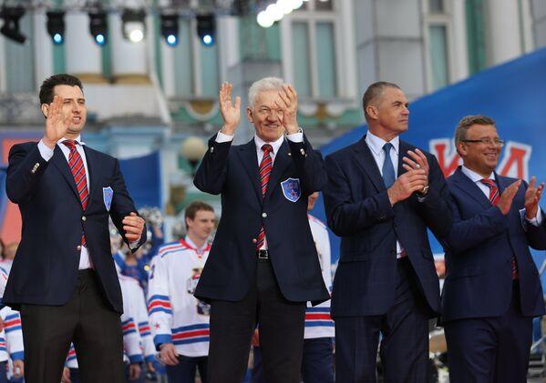 Роман Ротенберг, Геннадий Тимченко, Александр Медведев и Игорь Захаркин (слева направо)