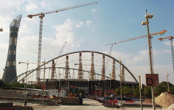 Строительная площадка стадиона Халифа в Дохе, Катар