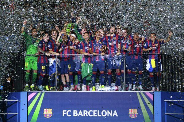 Игроки Барселоны после победы в финальном матче Лиги чемпионов сезона 2014/15