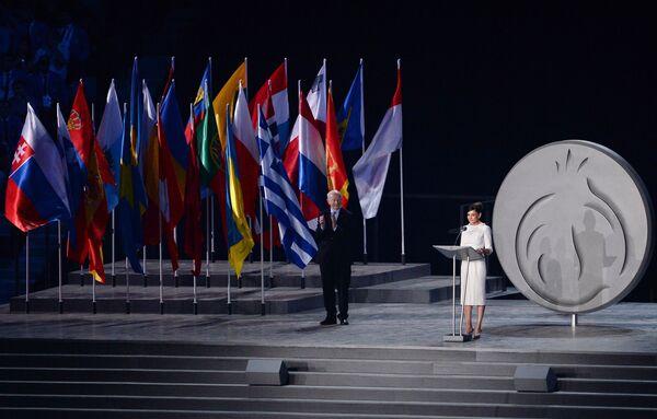 Председатель Организационного комитета первых Европейских игр, супруга президента Азербайджанской Республики Ильхама Алиева Мехрибан Алиева (справа)