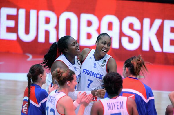 Французские баскетболистки