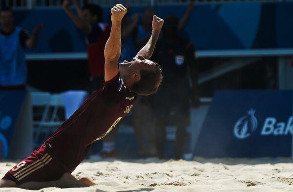 Игрок сборной по пляжному футболу России Егор Шайков