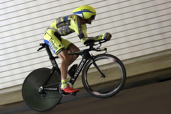 Итальянский велогонщик Иван Бассо