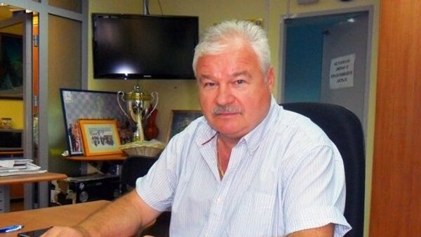 Экс-тренер сборной России по хоккею назвал глупостью акцию против расизма