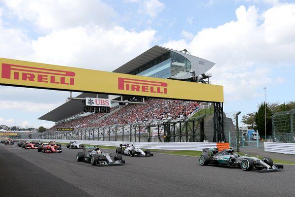 Старт Гран-при Японии Формулы-1
