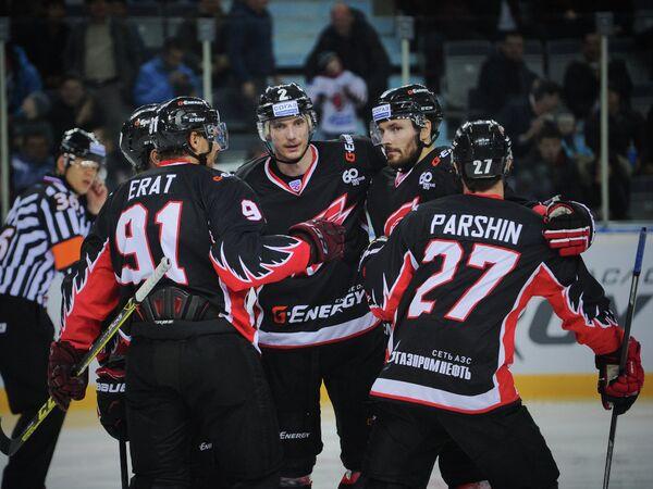 Хоккеисты омского Авангарда