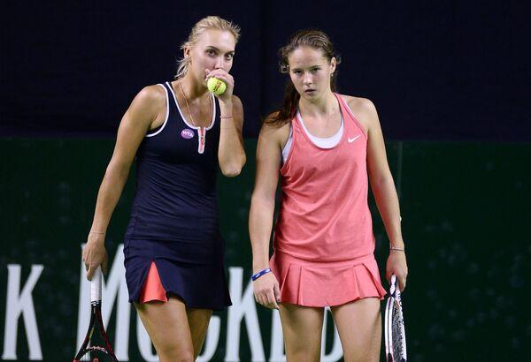 Елена Веснина и Дарья Касаткина (слева направо)