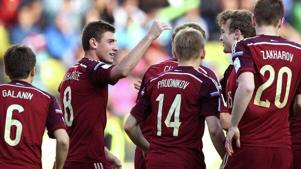 Футболисты юношеской сборной России (до 17 лет)