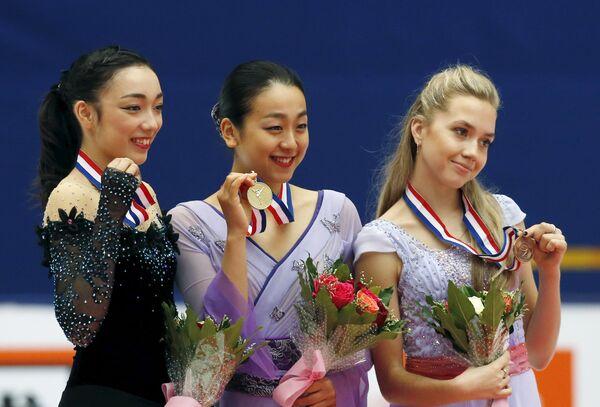 Рика Хонго, Мао Асада и Елена Радионова (слева направо)