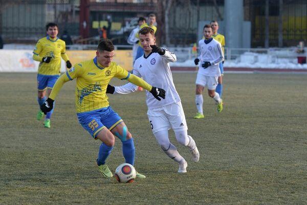 Игровой момент матча Луч-Энергия - КАМАЗ