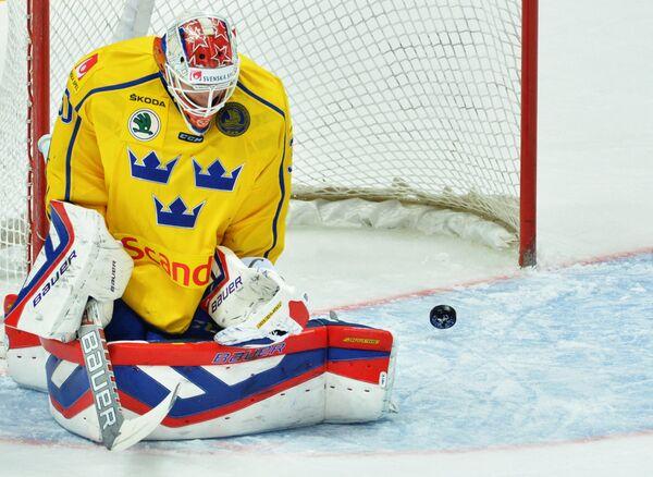 Вратарь сборной Швеции Виктор Фаст