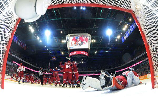Игровой момент матча молодежного чемпионата мира Россия - Дания